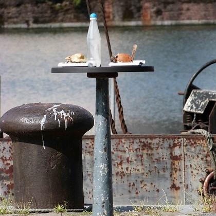 Kunstwettbewerb - Beitrag von Bukowski - seafood - eat more trash